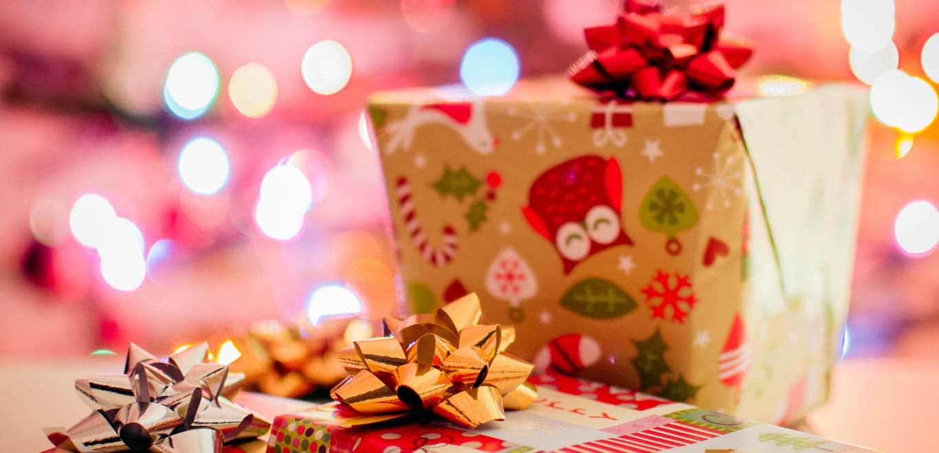 In dit artikel vind je allemaal mooie cadeaus voor echte Rotterdammers. Heb je een beetje inspiratie nodig voor aankomende kerst? Genoeg Rotterdamse producten kan je hier vinden, ideaal om te geven met kerst.