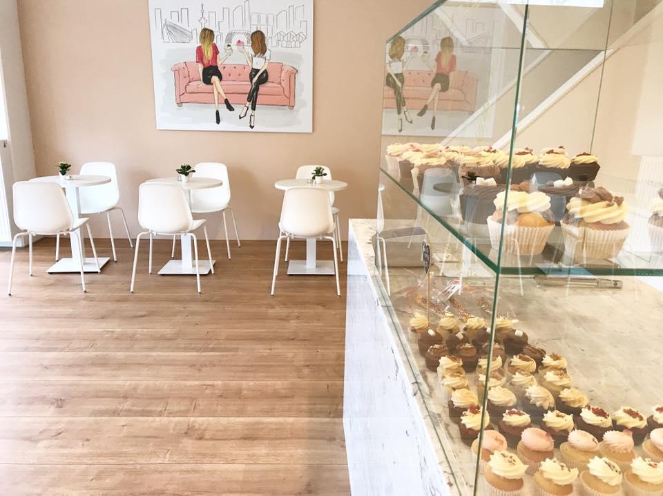 Nieuw in Rotterdam: Sis Cakery! Heb je zin in lekkere cupcakes of taart in Rotterdam? Neem dan een kijkje bij de nieuwe Sis Cakery in Rotterdam!